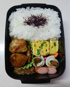 お弁当(レンコンの肉巻き)